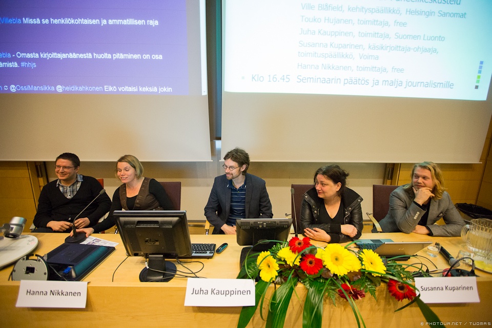 From left: Ville Blåfield (Helsingin Sanomat), Hanna Nikkanen (Long Play), Juha Kauppinen (Suomen Luonto), Susanna Kuparinen (managing editor of Voima) and Touko Hujanen (photojournalist).
